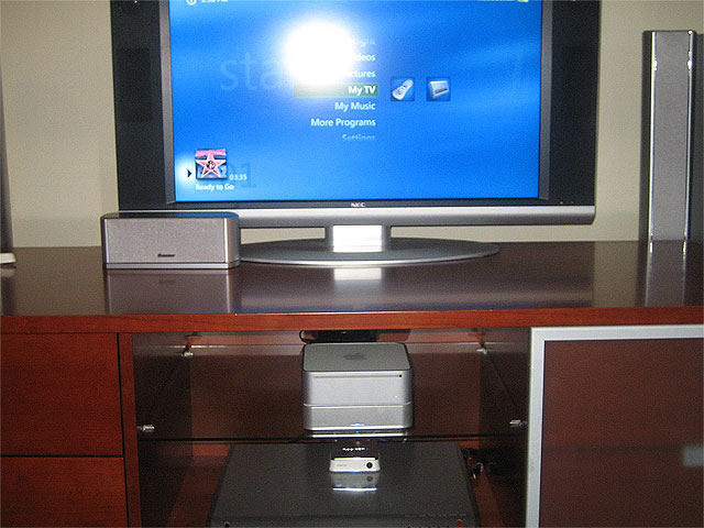 Intel Mac Mini running Windows Media Center Edition
